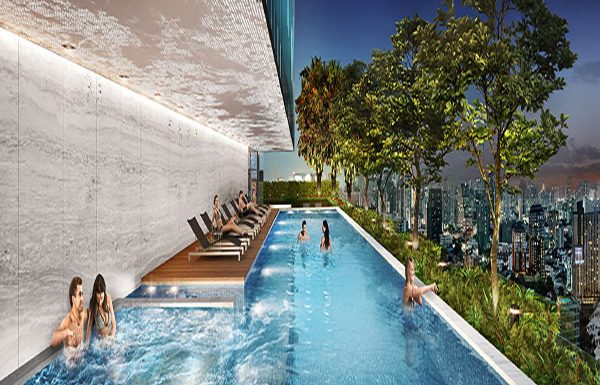 Siamese-Exclusive-Bangkok-condo-for-sale-swimming-pool